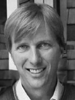 Ian McKinnon Headshot